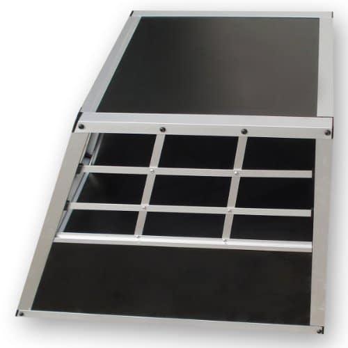 zoomundo alu hunde transportbox hundebox 1 t rig s. Black Bedroom Furniture Sets. Home Design Ideas